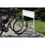 Jednostranný stojan na kola s plochou pro reklamu